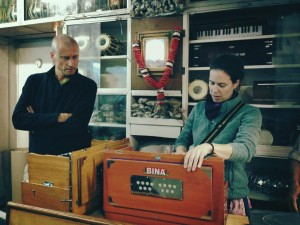 Shopping at BINA in Delhi. An Australian admirer and an impromptu kirtan ensued