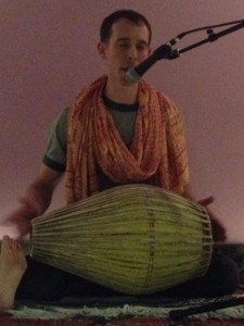 lil omm Kirtan for Everybody